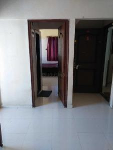 Gallery Cover Image of 586 Sq.ft 1 BHK Apartment for rent in Kandivali East for 20000