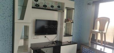 Gallery Cover Image of 602 Sq.ft 1 BHK Apartment for rent in Sarovar, Powai for 26000