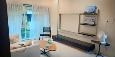 Gallery Cover Image of 1200 Sq.ft 2 BHK Apartment for buy in Malad West for 18500000