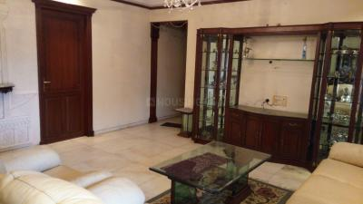 Gallery Cover Image of 1600 Sq.ft 3 BHK Apartment for rent in Govandi for 75000