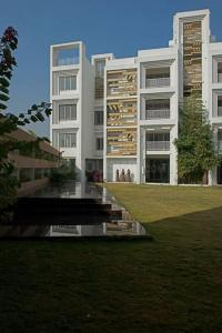 Gallery Cover Image of 2997 Sq.ft 4 BHK Apartment for buy in Science City for 23000000