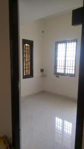 Gallery Cover Image of 500 Sq.ft 2 BHK Independent House for rent in Adambakkam for 15000