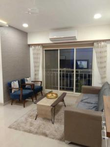 Gallery Cover Image of 920 Sq.ft 2 BHK Apartment for rent in Kasarvadavali, Thane West for 22000
