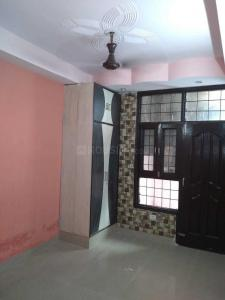 Gallery Cover Image of 1600 Sq.ft 3 BHK Apartment for rent in Amrapali Village Phase 2, Kala Patthar for 16000