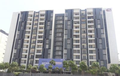 Gallery Cover Image of 1700 Sq.ft 3 BHK Apartment for rent in Porur for 40000