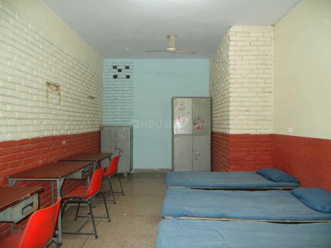 Bedroom Image of PG 3807240 Pul Prahlad Pur in Pul Prahlad Pur