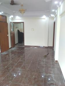 Gallery Cover Image of 900 Sq.ft 2 BHK Apartment for rent in Khar West for 75000