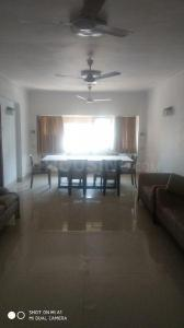Gallery Cover Image of 600 Sq.ft 1 BHK Apartment for rent in Cuffe Parade for 65000