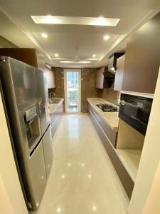 Gallery Cover Image of 2200 Sq.ft 3 BHK Independent Floor for buy in DLF Phase 1, DLF Phase 1 for 36000000