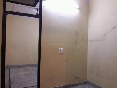 Gallery Cover Image of 450 Sq.ft 1 BHK Apartment for rent in Hari Nagar Ashram for 8000