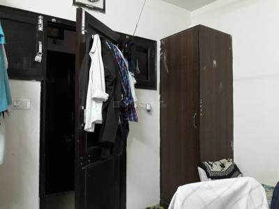 Bedroom Image of Delhi Royal PG Girl's & Boy's in Mukherjee Nagar