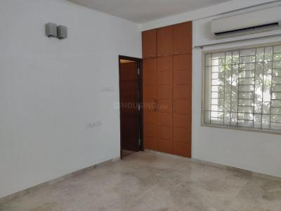 Gallery Cover Image of 2154 Sq.ft 3 BHK Apartment for buy in Besant Nagar for 34900000