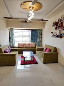 Gallery Cover Image of 983 Sq.ft 2 BHK Apartment for rent in Garden View, Goregaon East for 35000