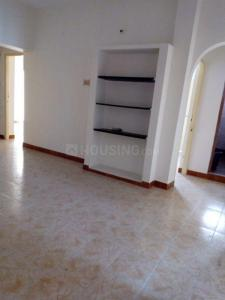 Gallery Cover Image of 1050 Sq.ft 3 BHK Apartment for rent in Iyyappanthangal for 18000