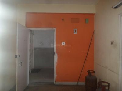 Gallery Cover Image of 850 Sq.ft 2 BHK Apartment for rent in Tollygunge for 17000