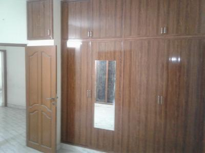 Gallery Cover Image of 1400 Sq.ft 3 BHK Independent House for rent in Choolaimedu for 27000