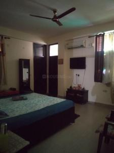 Gallery Cover Image of 1550 Sq.ft 3 BHK Independent Floor for rent in Niti Khand for 16000
