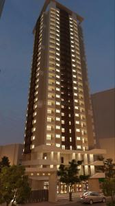 Gallery Cover Image of 702 Sq.ft 1 BHK Apartment for buy in Thane West for 7000000
