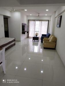 Gallery Cover Image of 1090 Sq.ft 2 BHK Apartment for rent in Geomatrix Geomatrix Silver Crest, Greater Khanda for 18900