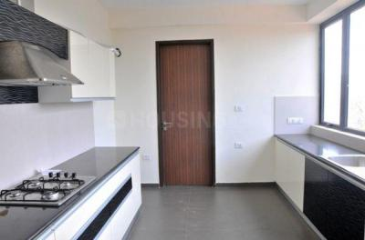 Gallery Cover Image of 1945 Sq.ft 3 BHK Apartment for rent in Nazirabad for 45000