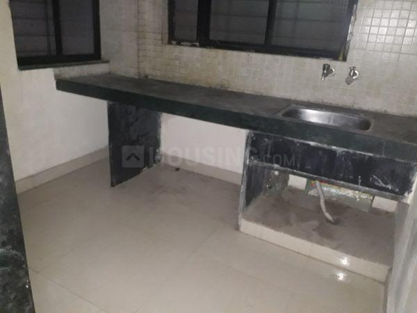 Kitchen Image of 600 Sq.ft 1 BHK Apartment for rent in Old Sangvi for 11000