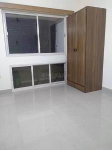 Gallery Cover Image of 870 Sq.ft 1 BHK Apartment for rent in Kandivali East for 30000
