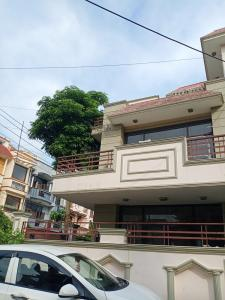 Gallery Cover Image of 1250 Sq.ft 2 BHK Independent House for rent in Sector 50 for 17000