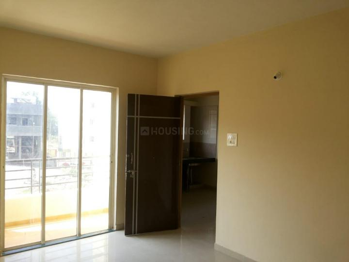 Living Room Image of 600 Sq.ft 1 BHK Apartment for buy in Varanasi Society, Warje for 3500000