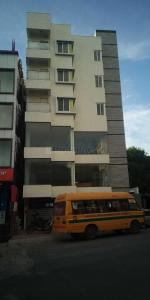 Gallery Cover Image of 7000 Sq.ft 7 BHK Independent House for buy in Banaswadi for 42500000