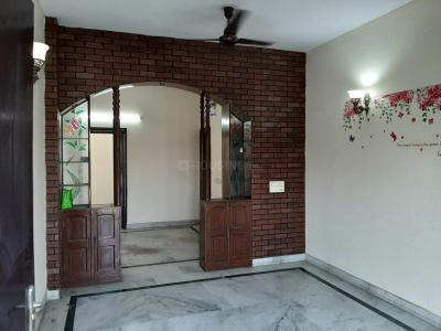 Gallery Cover Image of 1200 Sq.ft 2 BHK Independent Floor for rent in Sector 51 for 23000