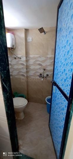 अंधेरी वेस्ट में पारस के बाथरूम की तस्वीर
