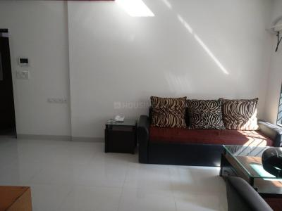 Gallery Cover Image of 1100 Sq.ft 2 BHK Apartment for rent in Andheri West for 52000