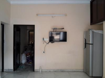 Gallery Cover Image of 1650 Sq.ft 3 BHK Apartment for rent in Jam Bagh for 28000