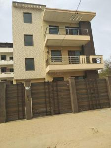Gallery Cover Image of 2367 Sq.ft 3 BHK Independent Floor for buy in Sector 38 for 13500000