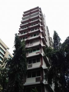 Gallery Cover Image of 1960 Sq.ft 3 BHK Apartment for rent in Juhu for 150000