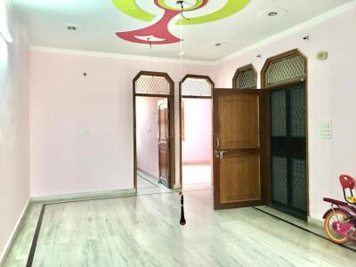 Gallery Cover Image of 910 Sq.ft 3 BHK Independent Floor for rent in Mansa Ram Park for 14500