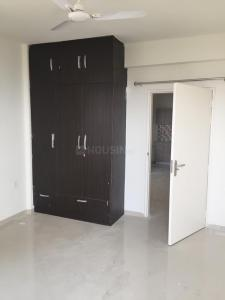 Gallery Cover Image of 1326 Sq.ft 3 BHK Apartment for rent in Sector 69 for 19500