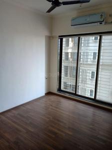Bedroom Image of 620 Sq.ft 1 BHK Apartment for buy in Sethia Kalpavruksh Heights, Kandivali West for 9000000