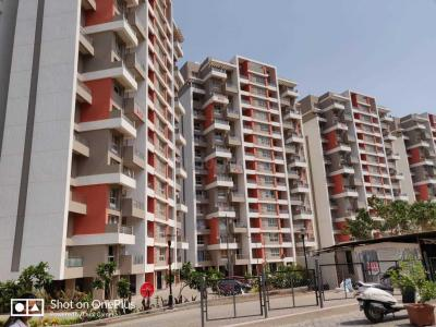 Gallery Cover Image of 1500 Sq.ft 3 BHK Apartment for rent in Bavdhan for 20000