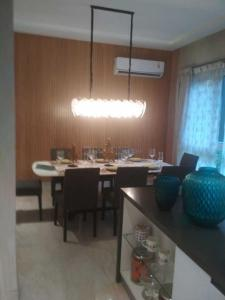 Gallery Cover Image of 3785 Sq.ft 4 BHK Apartment for buy in Bellandur for 35600000