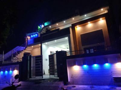 Gallery Cover Image of 5000 Sq.ft 9 BHK Independent House for buy in Vikasnagar for 30000000