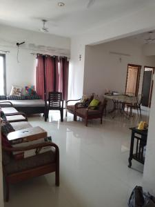 Gallery Cover Image of 1863 Sq.ft 3 BHK Apartment for rent in Alok heights, Naranpura for 22000