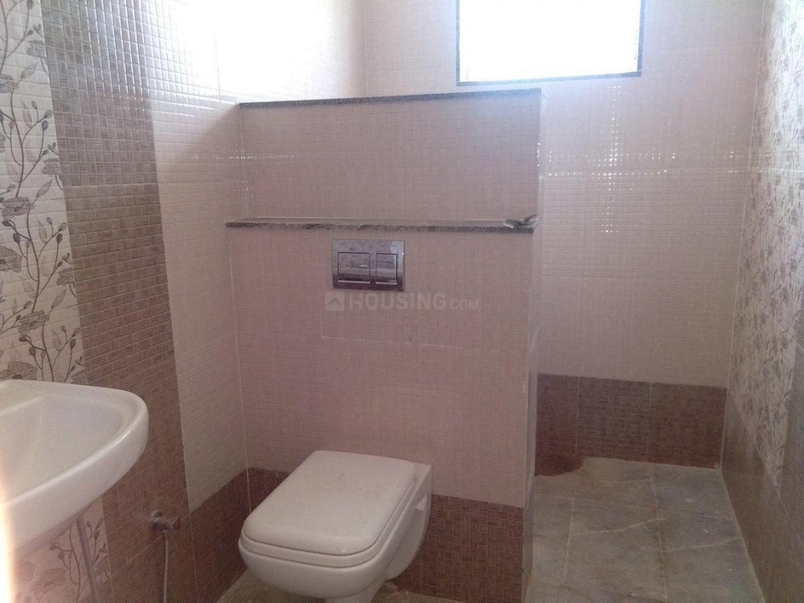 Common Bathroom Image of 950 Sq.ft 2 BHK Independent Floor for rent in Vijayanagar for 20000