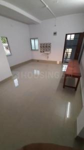 Gallery Cover Image of 650 Sq.ft 1 BHK Independent Floor for rent in Thakurpukur for 6000