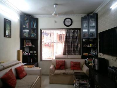 Gallery Cover Image of 700 Sq.ft 2 BHK Apartment for buy in Dadar West for 30000000