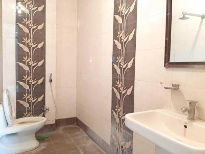 Gallery Cover Image of 1450 Sq.ft 3 BHK Independent Floor for rent in Vasant Kunj for 25000