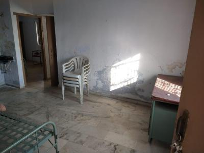 Gallery Cover Image of 760 Sq.ft 2 BHK Independent Floor for rent in Ellisbridge for 10000
