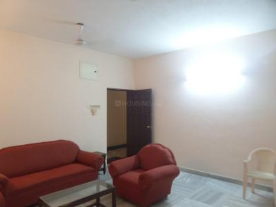 Gallery Cover Image of 1450 Sq.ft 3 BHK Apartment for rent in ALHAFIZ residency, Nungambakkam for 45000