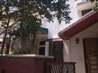 Gallery Cover Image of 5000 Sq.ft 5 BHK Independent House for rent in DLF Phase 3 for 75000