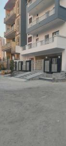 Gallery Cover Image of 850 Sq.ft 2 BHK Independent Floor for buy in Sector 49 for 2325000